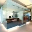 Büro-Glasraumteiler mit Schiebetüren